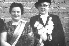 1961 Hubert Freie (1920 - 2010) und Maria Freie geb. Krings (1919 - 2007)  Hofstaat: Dr. Alfred und Maria Denis, Erwin und Käthe Kiunke.