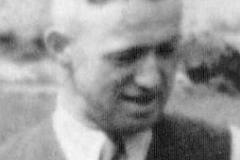 1935 Bernhard Holtmann (1911 - gefallen 1945) und Paula Vormund verh. Kösters  Hofstaat: August Nathmann und Toni Pellmann, Hermann Nahrup und Maria Bensmann.